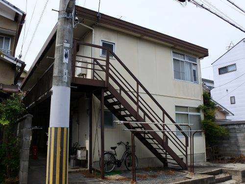 京都市営バス停徒歩2分 窓東向き 洗濯機設置可能
